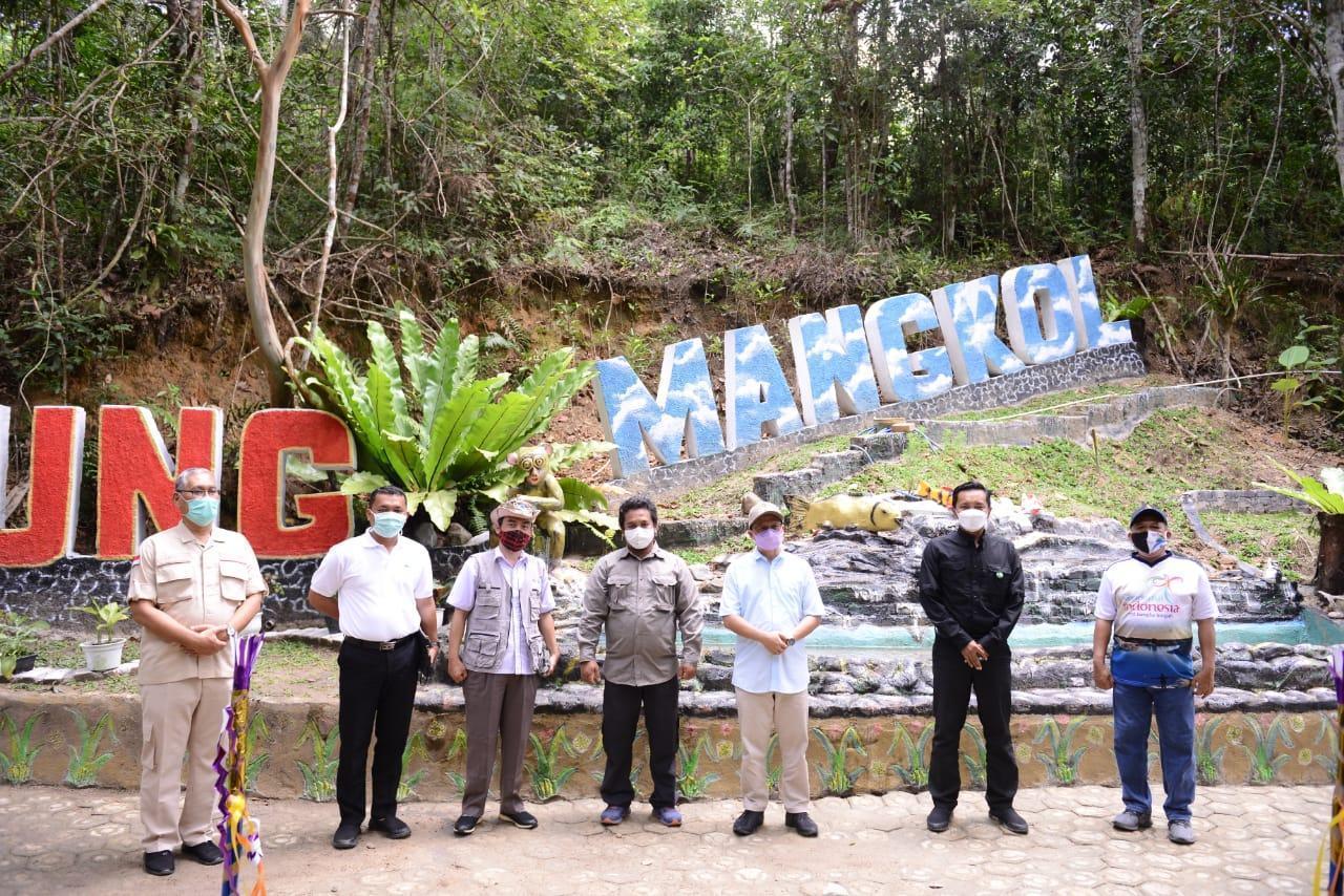 PT Timah Bangun Sarana dan Prasarana di Objek Wisata Gunung Mangkol
