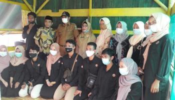 Mahasiswa KKN Unmuh Dirikan Pondok Baca di Kampung Air Asin, DKPUS Berikan Support