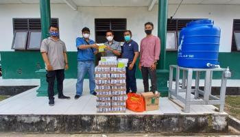 PT Timah Salurkan Bantuan Vitamin untuk Santri Islamic Centre yang Terpapar Covid-19