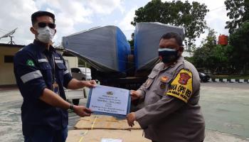 PT Timah Serahkan Bantuan Dua Unit Speed Boat kepada Polres Bangka Selatan
